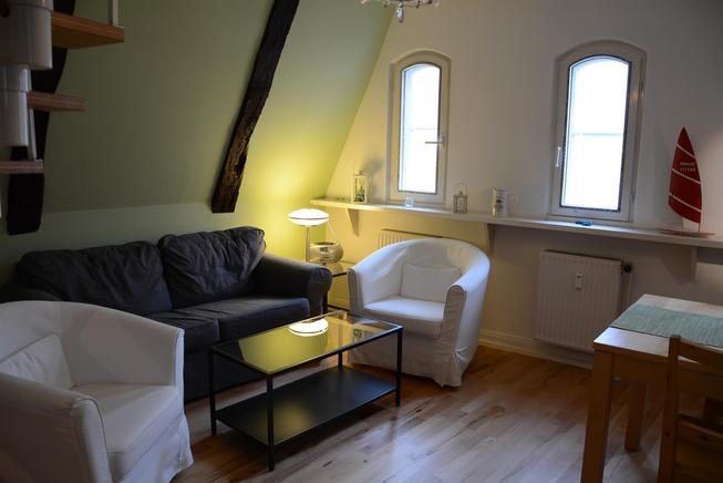 ferienwohnung in der engelsgrube 2 5 zimmer ferienwohnung in l beck bis 4 personen fewo royal. Black Bedroom Furniture Sets. Home Design Ideas